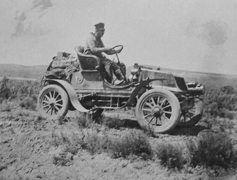 Historic 1903 cross-country early overlanding journey of Horation Nelson Jackson from San Franciso to New York City