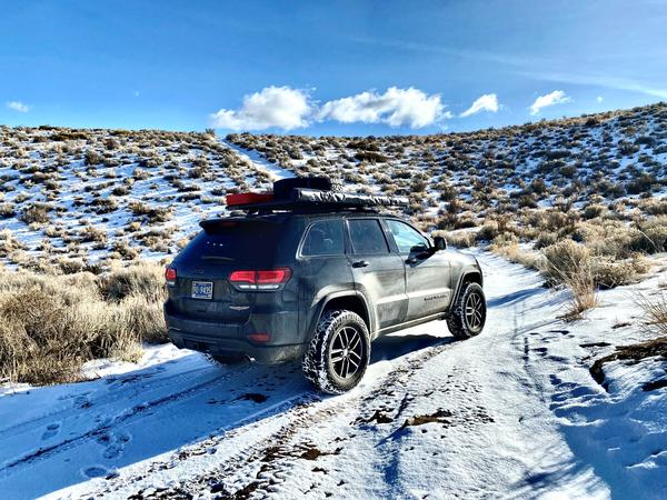 Jeep Grand Cherokee Trailhawk with Airlinks Lift Kit