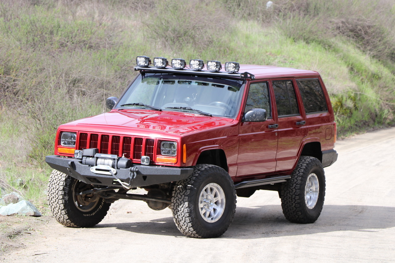 Custom Modded Off Road Jeep Cherokee XJ - Image #01