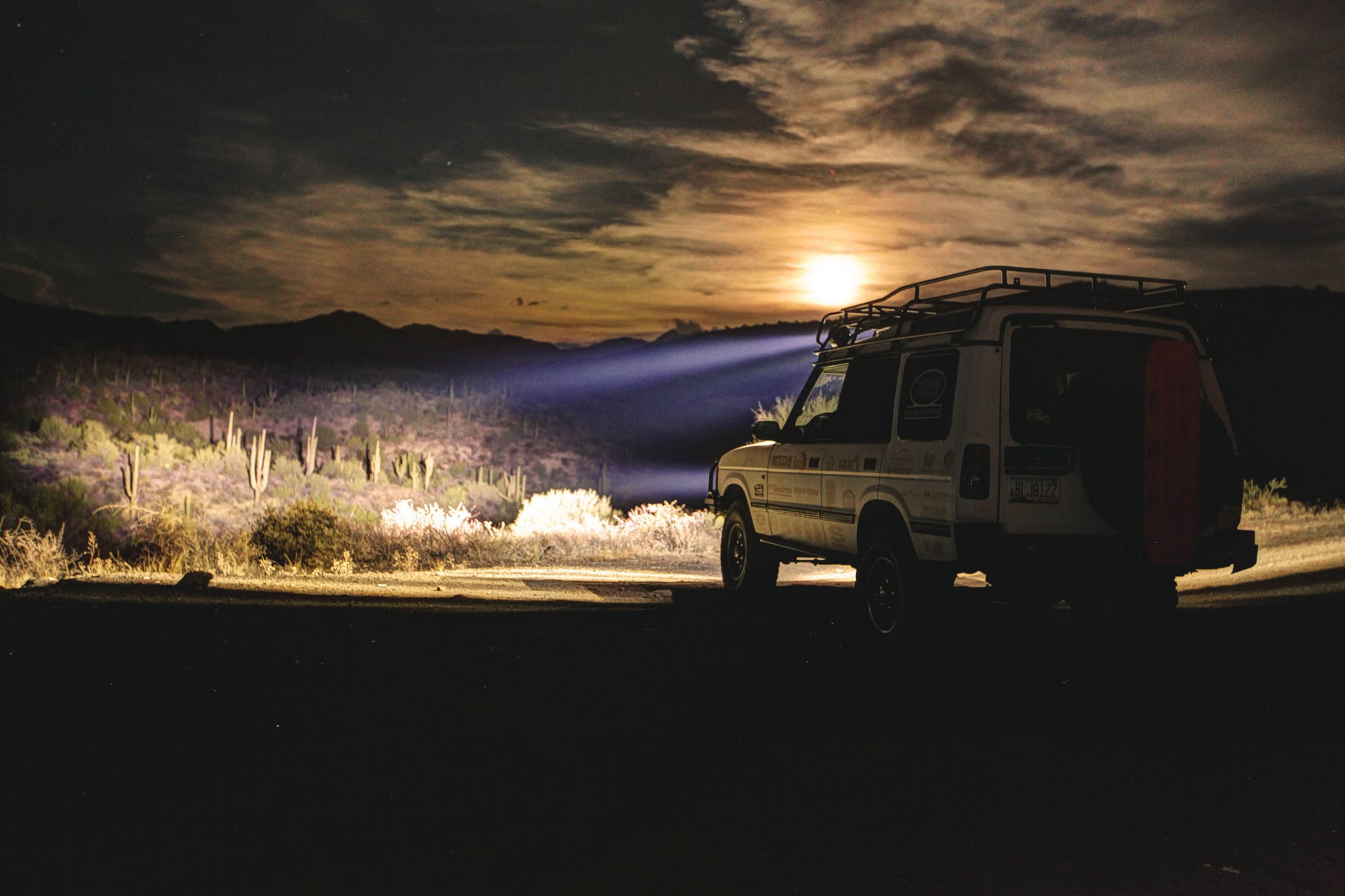 Custom Off Road / Overlanding Land Rover Build - Image #04